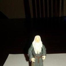 Figuras de Goma y PVC: GANDALF PERSONAJE DE EL SEÑOR DE LOS ANILLOS FIGURA DE PVC AÑO 2001. Lote 54013850