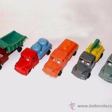 Figuras de Goma y PVC: 5 CAMIONES EBRO - SE VENDIAN EN LOS KIOSCOS Y PUESTO DE PIPAS - ESPAÑOLA DE JUGUETES / MONTAPLEX. Lote 155964812