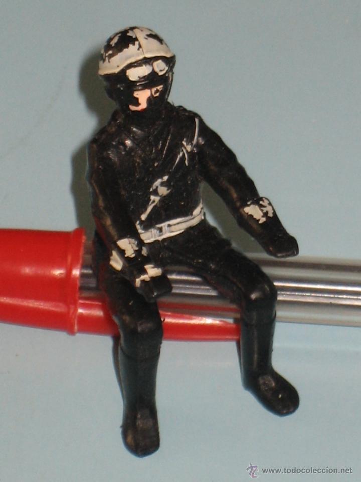 Figuras de Goma y PVC: DOS FIGURAS DE PLÁSTICO MOTORISTAS - Foto 3 - 54186521