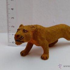 Figuras de Goma y PVC: FIGURA ANIMAL LEONA LEÓN BULLYLAND GERMANY FELINO. Lote 54205806
