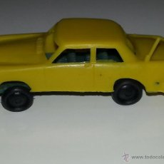 Figuras de Goma y PVC: MONTAPLEX - ESJUSA ZIX : ANTIGUO COCHE PLASTICO AÑOS 60/70 BUEN ESTADO. Lote 54247182