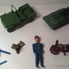 Figuras de Goma y PVC: MONTAPLEX MONTAMAN LOTE JEEP Y VARIOS. Lote 54421525