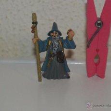 Figuras de Goma y PVC: MUÑECO FIGURA CABALLERO BRUJO MAGO PLASTOY. Lote 54423187