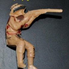 Figuras de Goma y PVC: FIGURA DE UN VAQUERO O COWBOY SENTADO O A CABALLO DISPARANDO DE REAMSA.. Lote 54521091