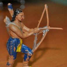 Figuras de Goma y PVC: FIGURA DE UN GUERRERO INDIO DISPARANDO UN ARCO DE JECSAN.. Lote 54521378