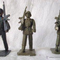Figuras de Goma y PVC: SOLDADOS EJÉRCITO ESPAÑA PLÁSTICO NUEVOS 3 UNIDADES. Lote 54528804
