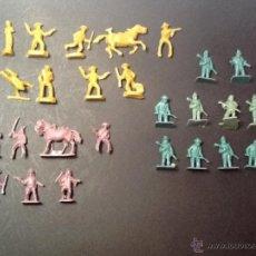 Figuras de Goma y PVC: MONTAPLEX LOTE DE INDIOS Y VAQUEROS MULTICOLOR. Lote 54568522