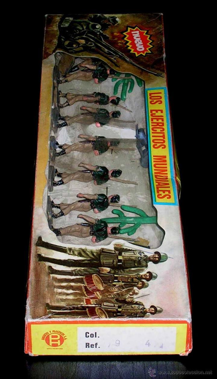 Figuras de Goma y PVC: Conjunto desfile Legión Legionarios Ejército Español, plástico, Pech, original años 60. Con caja. - Foto 3 - 54595259