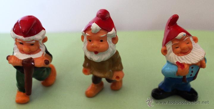 *PRECIOSO LOTE DE MUÑECOS-GNOMOS DE KINDER* (Juguetes - Figuras de Gomas y Pvc - Kinder)