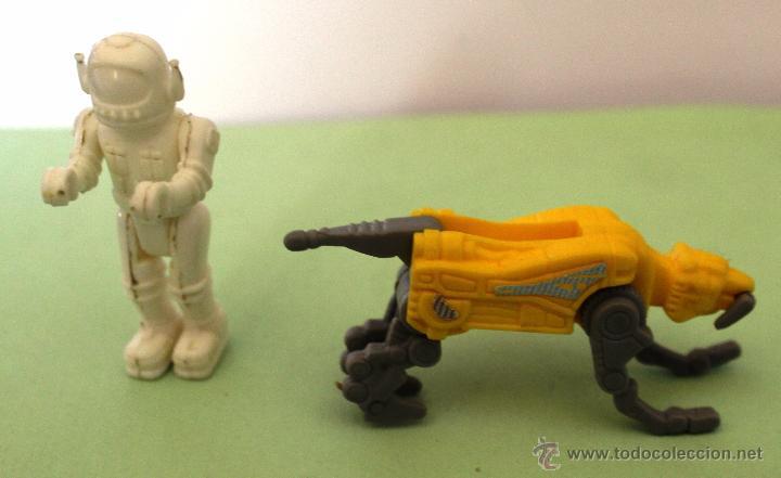 *LOTE DE DOS MUÑECOS KINDER* (Juguetes - Figuras de Gomas y Pvc - Kinder)