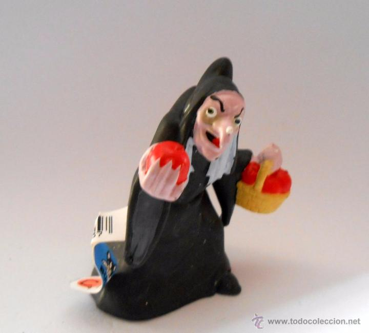 BRUJA BLANCANIEVES FIGURA DE GOMA BULLY (Juguetes - Figuras de Goma y Pvc - Bully)