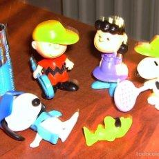 Figuras Kinder: LOTE KINDER SORPRESA PEANUTS: CARLITOS CHARLIE BROWN, SNOOPY, LUCY, EMILIO.. Lote 55111231