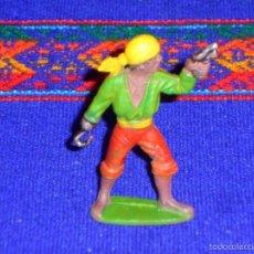 Figuras de Goma y PVC: PIRATA CON PISTOLA Y GARFIO DE GOMA PINTADO A MANO. REAMSA AÑOS 50. MUY BUEN ESTADO.. Lote 55181756