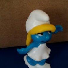 Figuras de Goma y PVC: FIGURA PLASTICO DESMONTABLE PITUFINA. Lote 55390760