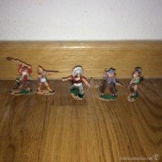 Figuras de Goma y PVC: LOTE 5 FIGURAS INDIO VAQUERO PLASTICO DE REAMSA AÑOS 70 MARCADO BASE. Lote 55685676