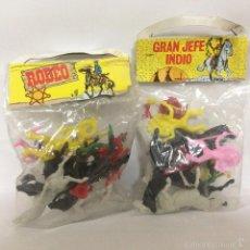 Figuras de Goma y PVC: LOTE DE BOLSAS DE COWBOYS E INDIOS PLASTICO GRAN JEFE INDIO Y RODEO ORIGINAL AÑOS 70 80 RAREZA. Lote 155018660