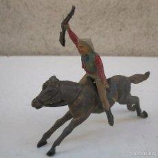 Figuras de Goma y PVC: ANTIGUO PISTOLERO A CABALLO DE GOMA ORIGINALES DE JECSAN - AÑOS 50.. Lote 56084221