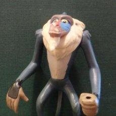 Figuras de Goma y PVC: FIGURA PVC RAFIKI, REY LEON, ARTICULADO MUEVE LOS BRAZOS AL PULSAR BOTON ESPALDA. Lote 56102739
