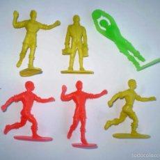 Figuras de Goma y PVC: LOTE DE 6 FIGURAS DE FUTBOLISTAS DE COMANSI - AÑOS 70´S - FUTBOL. Lote 56107864