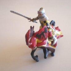 Figuras de Goma y PVC: FIGURA MEDIEVAL CABALLERO Y CABALLO TORNEO. Lote 56546345