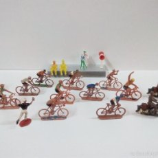 Figuras de Goma y PVC: VUELTA CICLISTA . SOTORRES . ORIGINAL AÑOS 60. Lote 56874649
