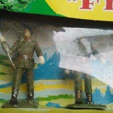 Figuras de Goma y PVC: CAJA ANTIGUA DE FIGURAMA REAMSA SOLDADOS DESFILE COMANDO. Lote 57087916