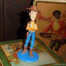 Figuras de Goma y PVC: FIGURA PVC TOY STORY - SHERIFF WOODY - DISNEY - HASBRO 2001. Lote 57141359
