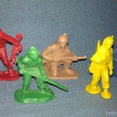 Figuras de Goma y PVC: LOTE DE 5 ANTIGUAS FIGURAS DE SOLDADOS DE LOS AÑOS 50/60. Lote 57166882