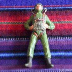 Figuras de Goma y PVC: PARACAIDISTA PLÁSTICO POLICROMADO, AÑOS 60 70. MUY BUEN ESTADO. RARO.. Lote 57303508