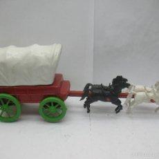 Figuras de Goma y PVC: CARRUAJE CON CABALLOS DE PLÁSTICO VAQUEROS OESTE. Lote 57322326