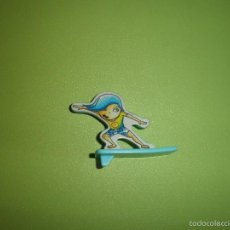 Figuras Kinder: MUÑECO FIGURA HUEVO KINDER NIÑO SURF. Lote 57367383
