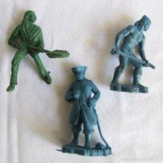 Figuras de Goma y PVC: 3 FIGURAS DE PLASTICO PIRATAS. Lote 57397760