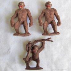 Figuras de Goma y PVC: 3 MONOS SIMIOS MONO DE PLÁSTICO AÑOS 50-60. Lote 57541126