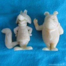 Figuras de Goma y PVC: 2 FIGURAS DE PLÁSTICO PREMIUM PERRO RISITAS Y GATO SILVESTRE. Lote 57544691