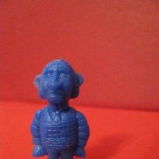 Figuras de Goma y PVC: DUNKIN DARGAUD / TITO. FIGURA SERIE LUCKY LUKE - DUEÑO HOTEL - AZUL.. Lote 57556386