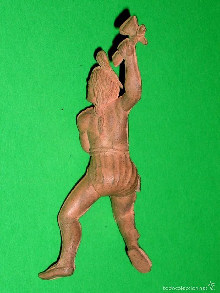 Figuras de Goma y PVC: Figura guerrero indio Oeste, fabricado en goma, Reamsa. Original años 50. - Foto 3 - 57610384