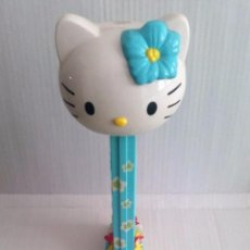 Dispensador Pez: DISPENSADOR DE CARAMELOS. HELLO KITTY. TAMAÑO GRANDE (30 CM). Lote 222258873