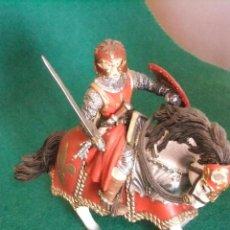 Figuras de Goma y PVC: MEDIEVAL SCHLEICH ROJO CABALLERO . Lote 57702643