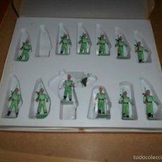 Gummi- und PVC-Figuren - 13 figuras DESFILE de la Legion. Plastico Pintado Gomarsa Reamsa Soldis 1960-70s M.B.E. - 57773956