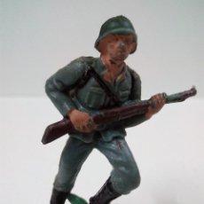 Figuras de Goma y PVC: SOLDADO ALEMAN . PECH . AÑOS 60. Lote 57836838