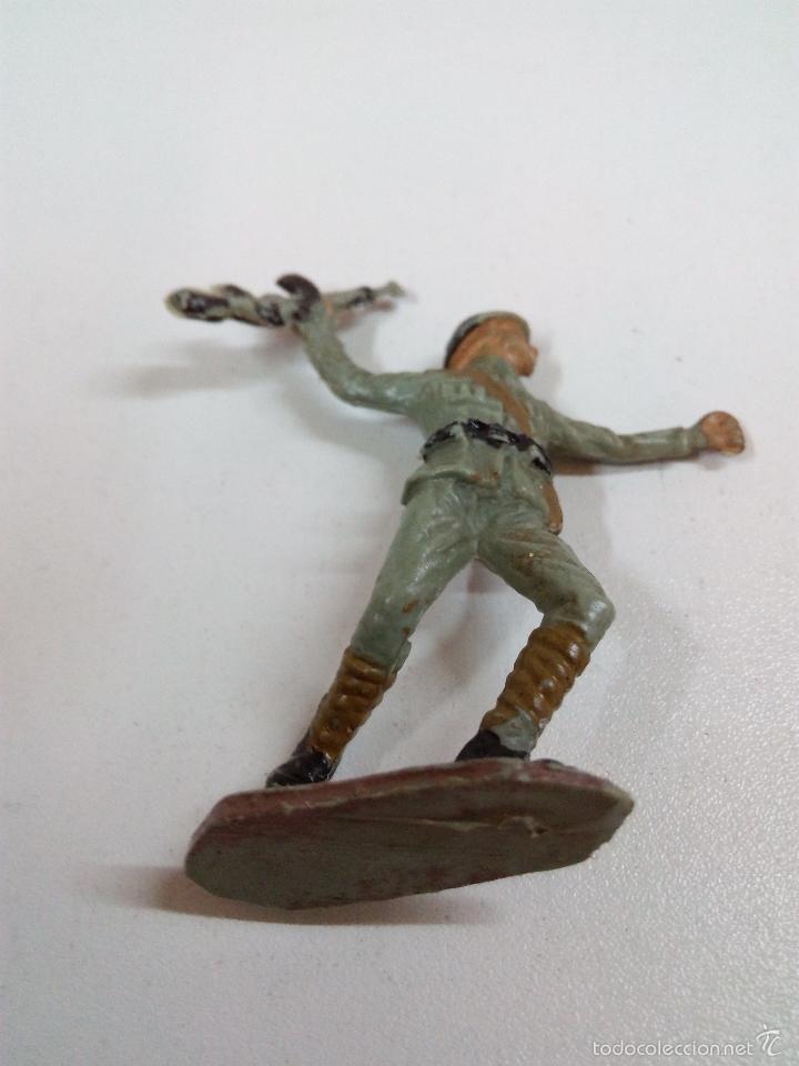 Figuras de Goma y PVC: SOLDADO RUSO . PECH . AÑOS 60 - Foto 3 - 57853103