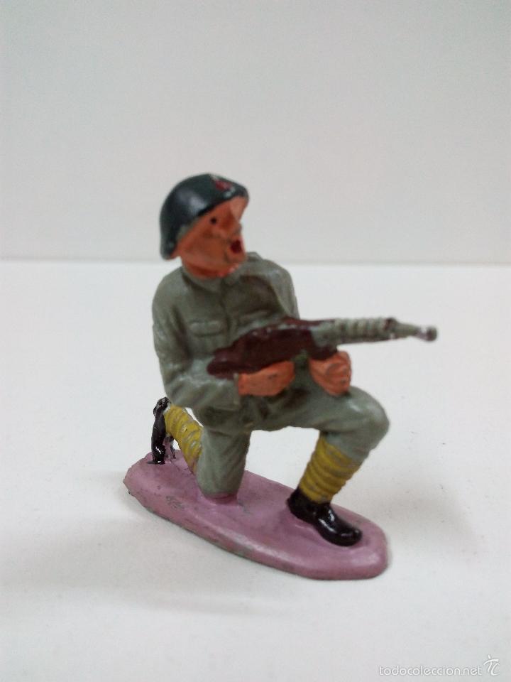 SOLDADO RUSO . PECH . AÑOS 60 (Juguetes - Figuras de Goma y Pvc - Pech)