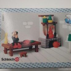 Figuras de Goma y PVC: PITUFOS - SCHLEICH - CAJA HABITACIÓN GARGAMEL - 1997 - PITUFO. Lote 57956728
