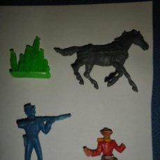 Figuras de Goma y PVC: LOTE 4 SOLDADOS ANTIGUOS UNO DE ELLOS ES COMANSI SOLDADO CAW BOY CACTUS CABALLO. Lote 57958077