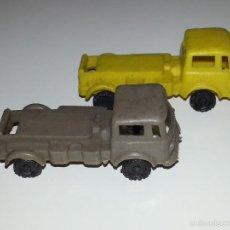Figuras de Goma y PVC: MONTAPLEX ESJUSA ZIX : LOTE DE 2 CAMIONES EBRO PEGASO EN PLASTICO KIOSCO AÑOS 60 / 70. Lote 58178678