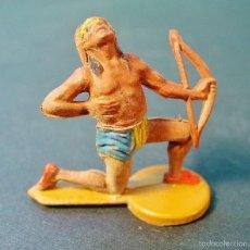 Figuras de Goma y PVC: INDIO HERIDO. GOMA. AÑOS 60. GAMA.. Lote 58196134