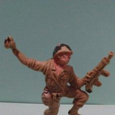 Figuras de Goma y PVC: ANTIGUA FIGURA SOLDADO AMERICANO II GUERRA MUNDIAL. PLÁSTICO. ORIGINAL PECH. AÑOS 60.. Lote 58440073
