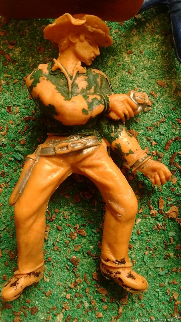 Figuras de Goma y PVC: Lote Antiguas Figuras del Oeste. Defectuosas. Comansi, Jecsan. - Foto 9 - 58445566