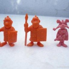 Figuras de Goma y PVC: DUNKIN 3 FIGURAS SERIE ASTERIX, DARGAUD: CASIVELLAUNUS Y DOS SOLDADOS ROMANOS. Lote 58469672