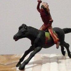 Figuras de Goma y PVC: INDIO DEL OESTE DE GOMA HERMANOS PECH AÑOS 50. Lote 58601987